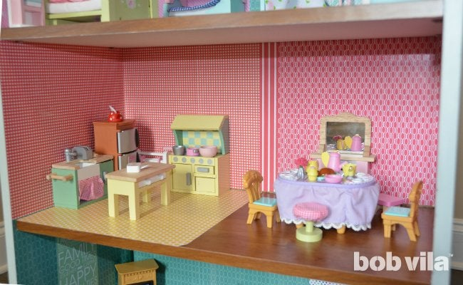 How to Build a Dollhouse - Decorate the Rooms