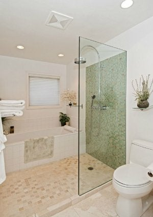 Tiling A Small Bathroom Dos And Don, Pictures Of Small Tiled Bathrooms