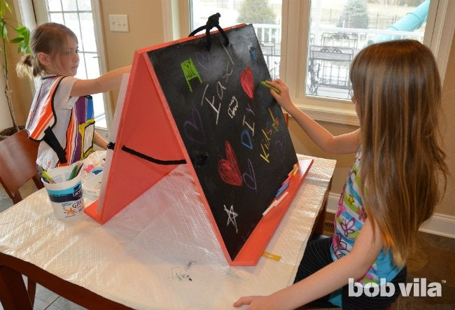 DIY Easel - How to Build a Table-Top Easel