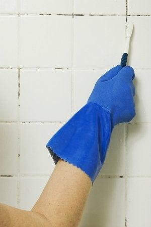Black Mold in Bathroom - Cleaning Black Mold Between Tiles