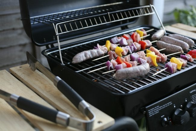 How to Clean a Gas Grill - Before Cookout Season