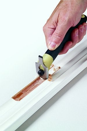 How to Remove Paint from Trim and Molding - Quick-Release Contour Scraper