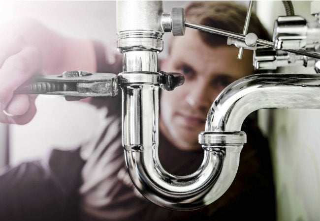 Use WD-40 EZ-REACH to Loosen Sink Plumbing