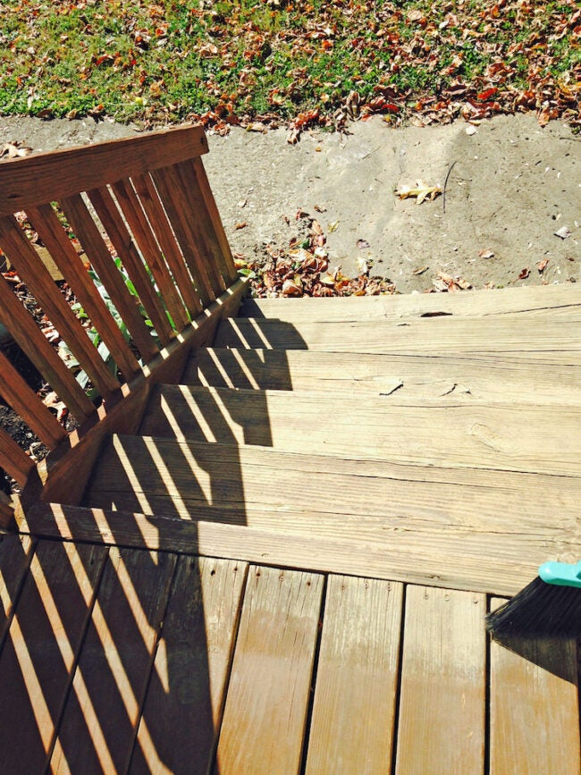 DIY deck cleaner stairs and railings