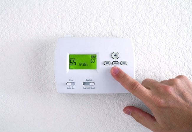How Long Does an Air Conditioner Last? - Thermostat Bottom