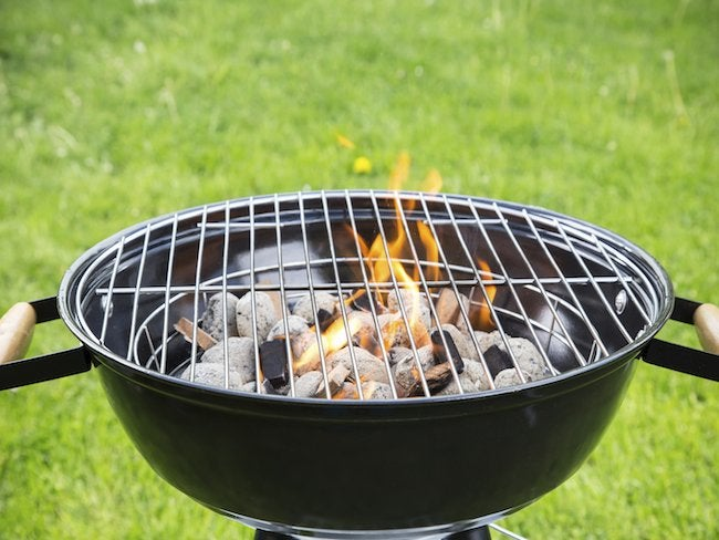 how-to-use-charcoal-grill-1