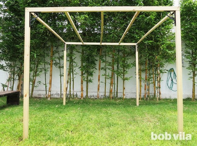 DIY Outdoor Privacy Screen - Step 7
