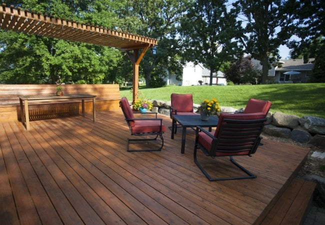 How to Build a Floating Deck in the Backyard