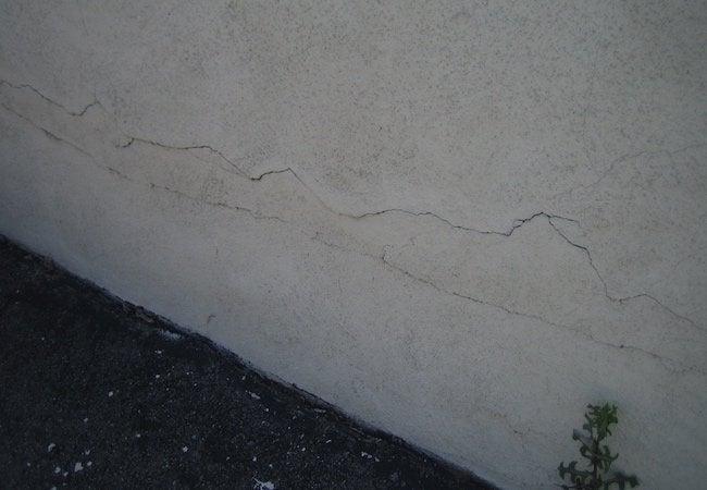 How to Maintain Stucco - Repair Area