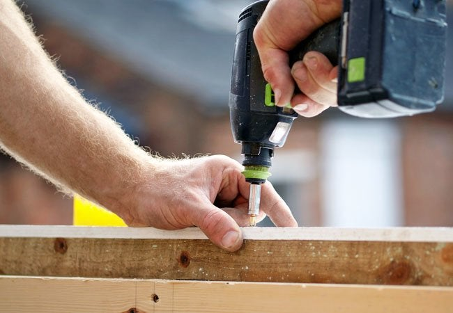 How to Use a Screw Extractor