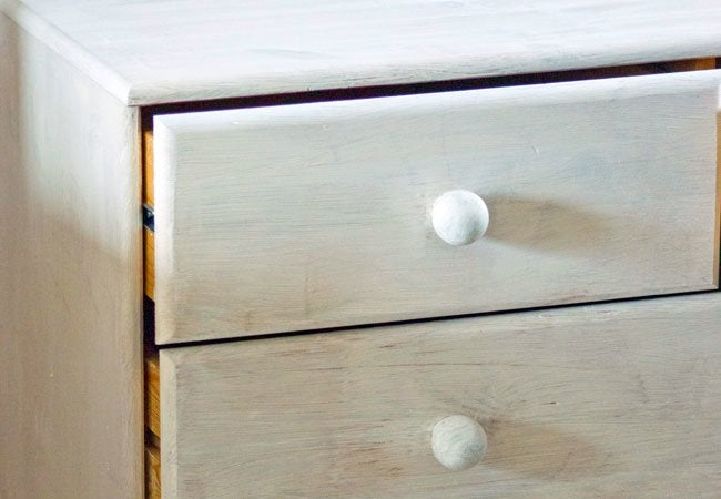 How To Use Chalk Paint Diy Guide, How To Use Chalk Paint On Furniture