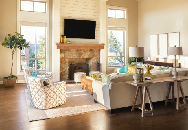 Deciding Whether or Not to Include a Mantle When Fireplace Refacing