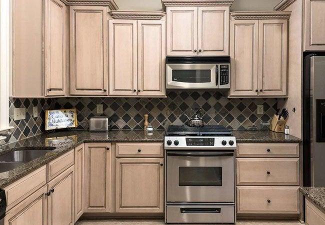 How To Glaze Kitchen Cabinets Diyer S Guide Bob Vila