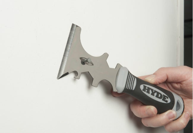 Remove Nails with the HYDE 17-in-1 Painter's Tool