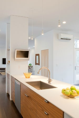 How to Incorporate Both Ducted and Ductless HVAC Components at Home