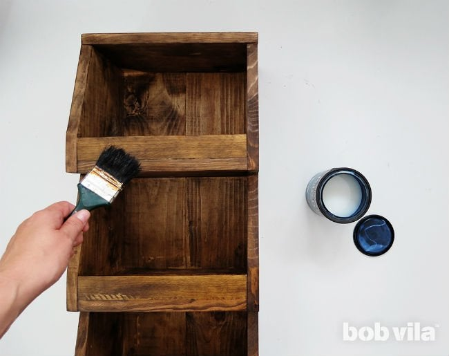 How to Make a DIY Rolling Cart for the Kitchen
