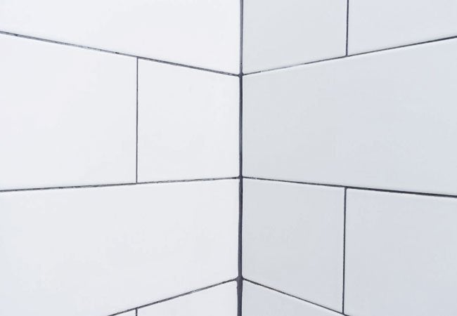 The Difference Between Sanded and Unsanded Grout