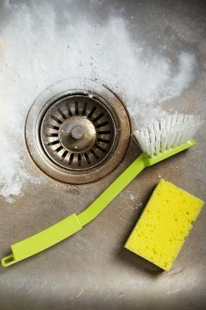 How to Freshen a Stinky Sink