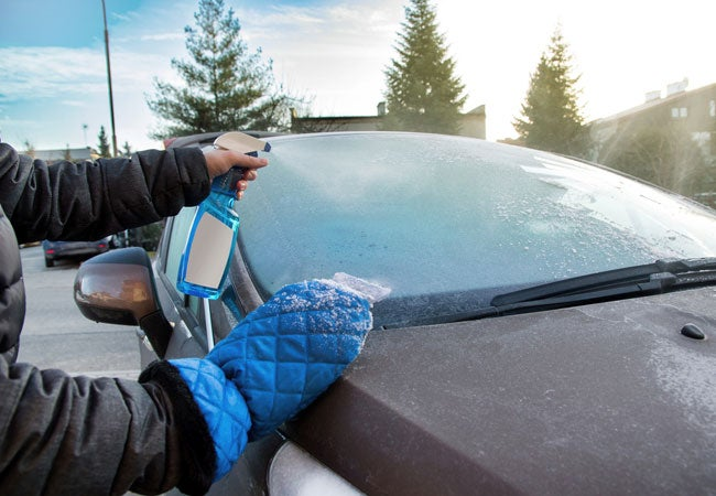 How to Defrost a Windshield