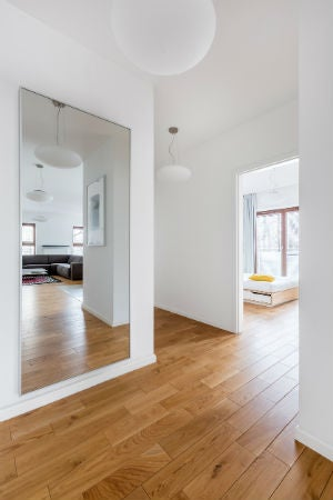 How to Remove a Wall Mirror