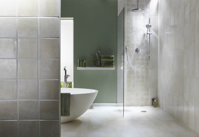 Walk-in Showers 101: All You Need to Know Before Installing One of Your Own