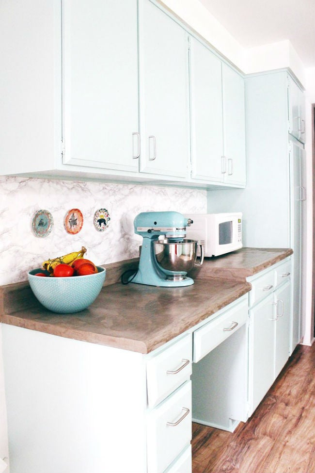 DIY a Small Removable Backsplash with Marble Contact Paper