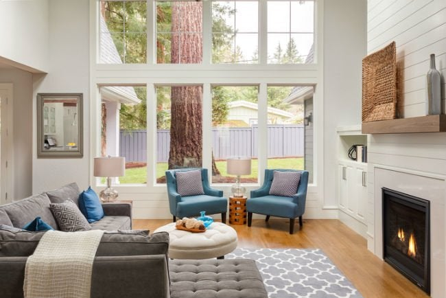 Vinyl vs Aluminum Windows - Choosing the Right Frame for Your Replacement Windows