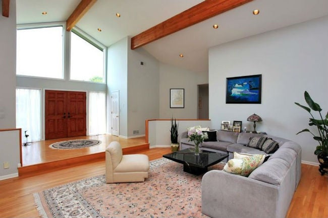 Sunken Living Rooms 101: Can the Old Fad Make a Comeback ...