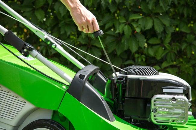 Lawn Mower Oil FAQ