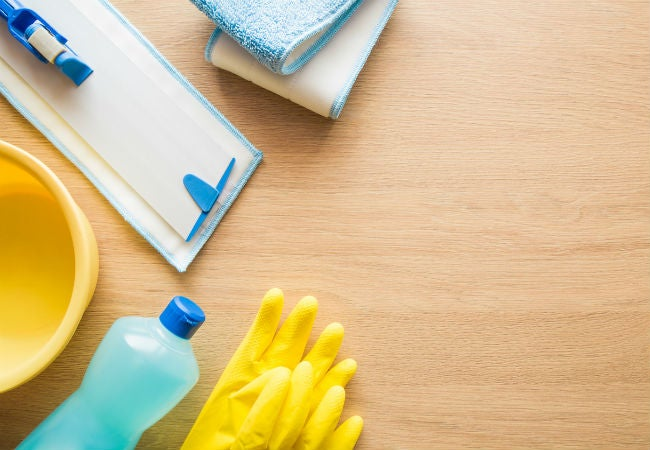 How to Prep When Waxing Hardwood Floors