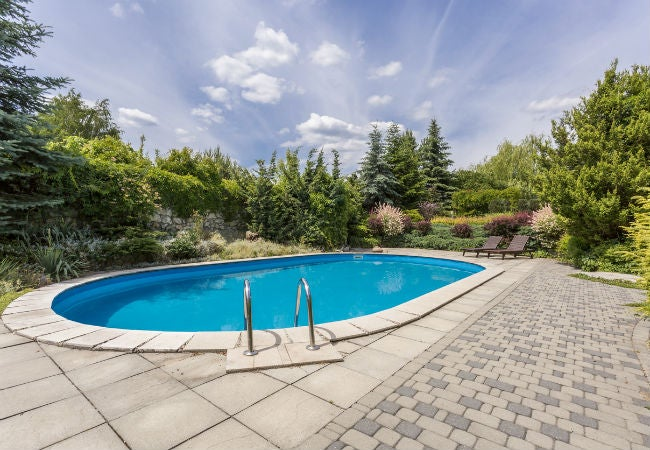 6 Pool Decking Options Top Design Tips Bob Vila