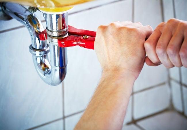 DIY Plumbing Repair: Removing a P-Trap