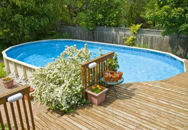 6 Pool Decking Options Top Design, What Is The Best Material For An Above Ground Pool Deck