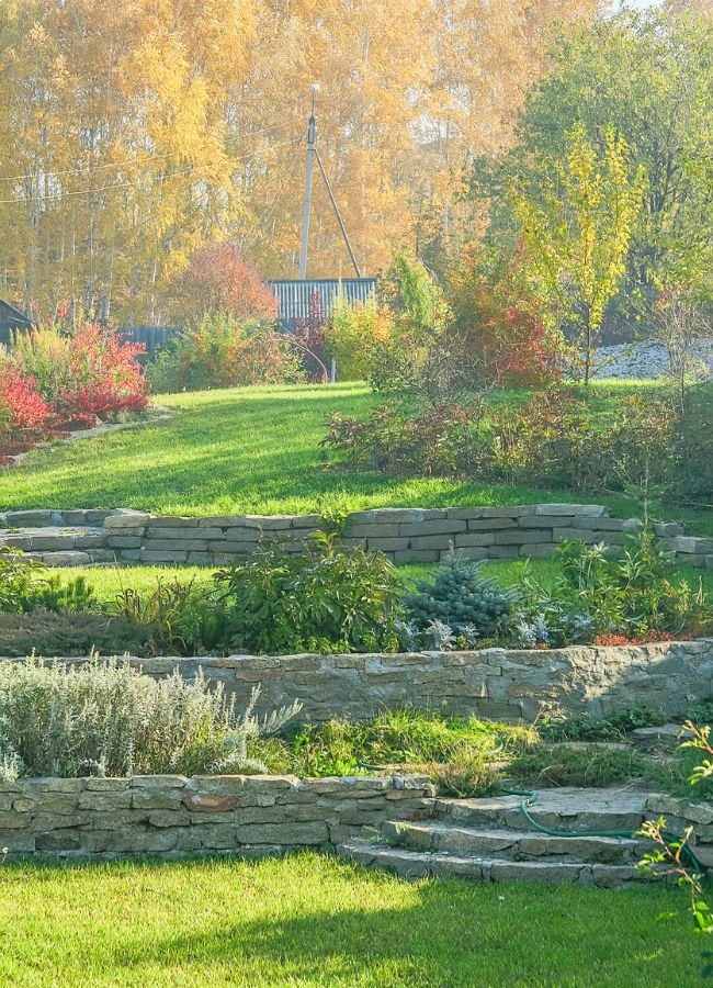 The Dos and Don'ts of Building a Retaining Wall