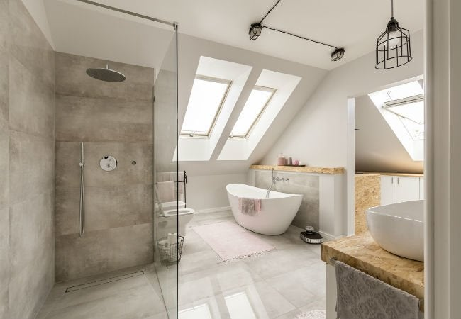 All You Need to Know About Doorless Showers