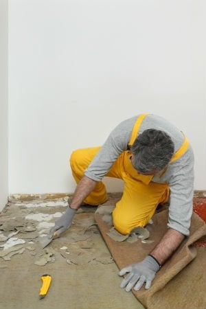 5 Things to Know Before Removing Carpet Yourself