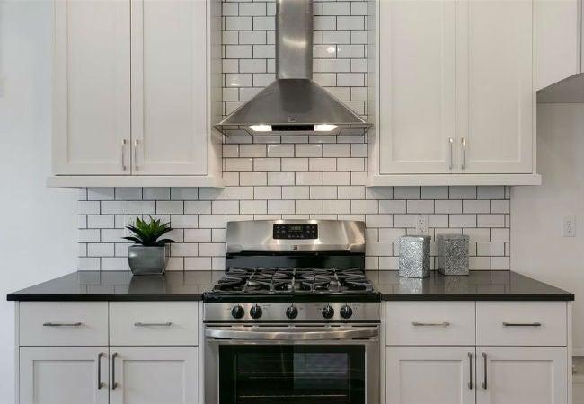 10 Subway Tile Patterns To Choose Remodeler S Guide Bob Vila