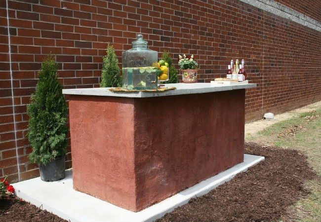 The Easiest Method for Building an Outdoor Bar