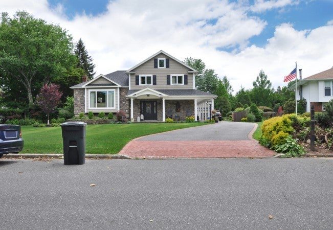 All You Need to Know About Building and Maintaining a Driveway Apron