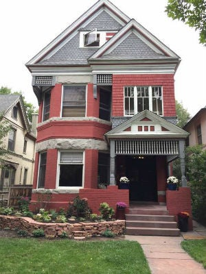 All You Need to Know About the One-of-a-Kind Style Behind Queen Anne Houses