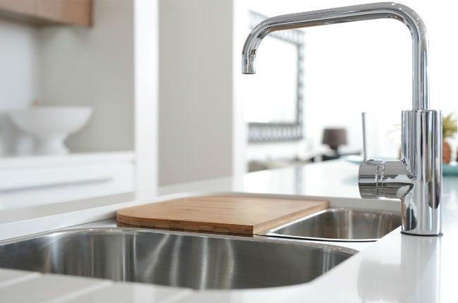 The 7 Best Kitchen Sink Materials For Your Renovation Bob Vila