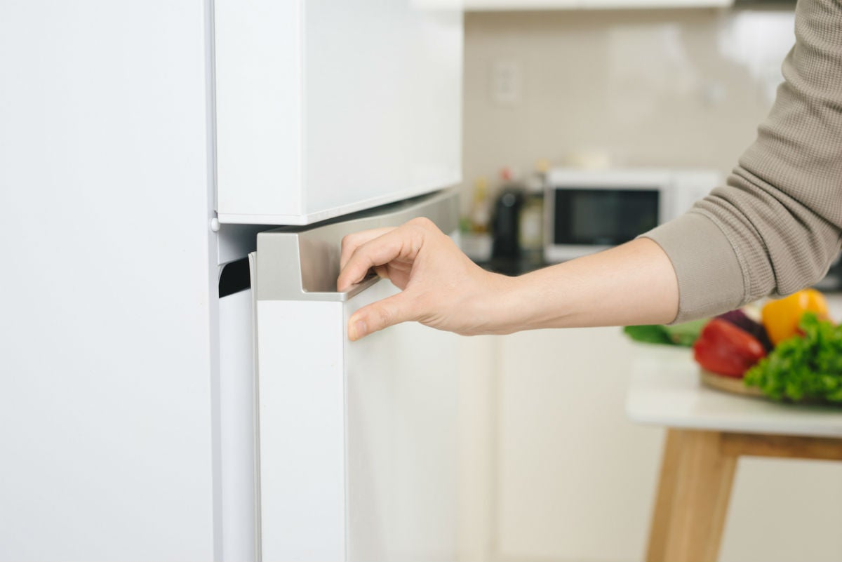 How Long Does a Refrigerator Last? Solved!