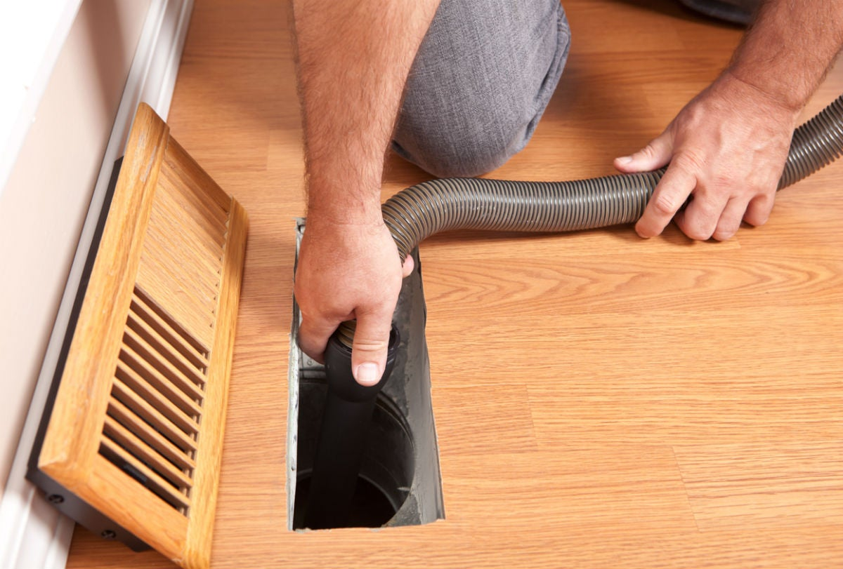 If and How to Clean Air Ducts Yourself