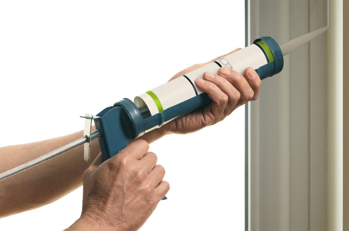 The Best Caulking Guns for Home Repairs