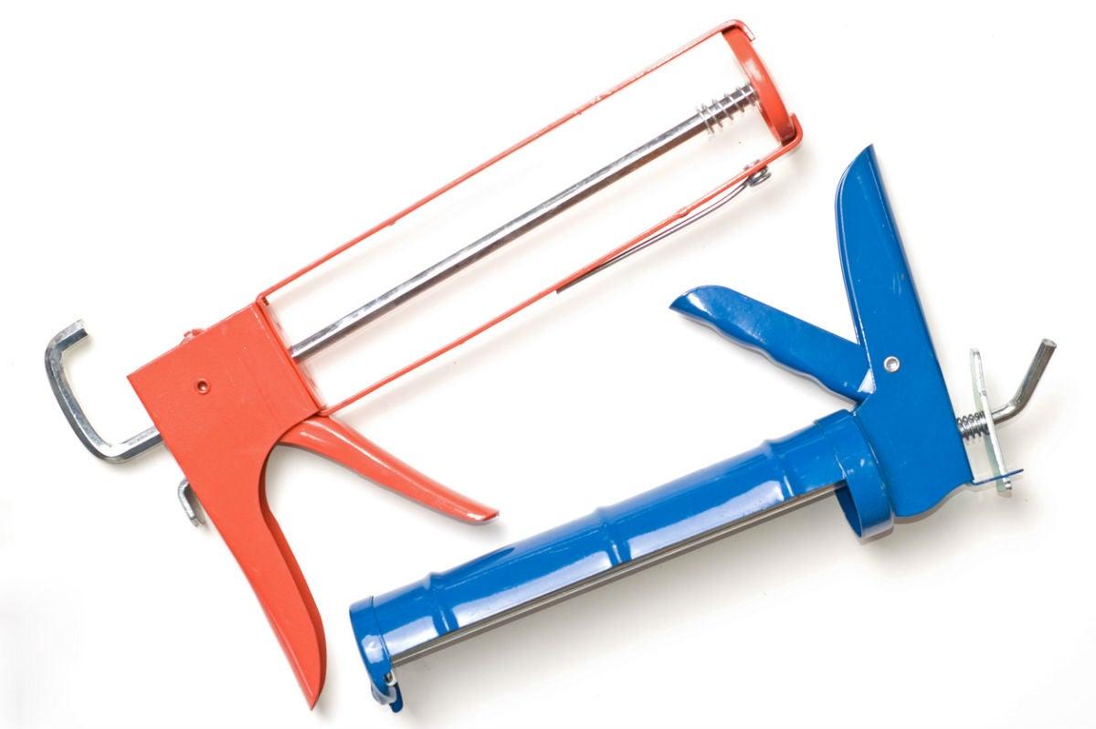 Choosing The Best Caulking Guns for Home Repairs