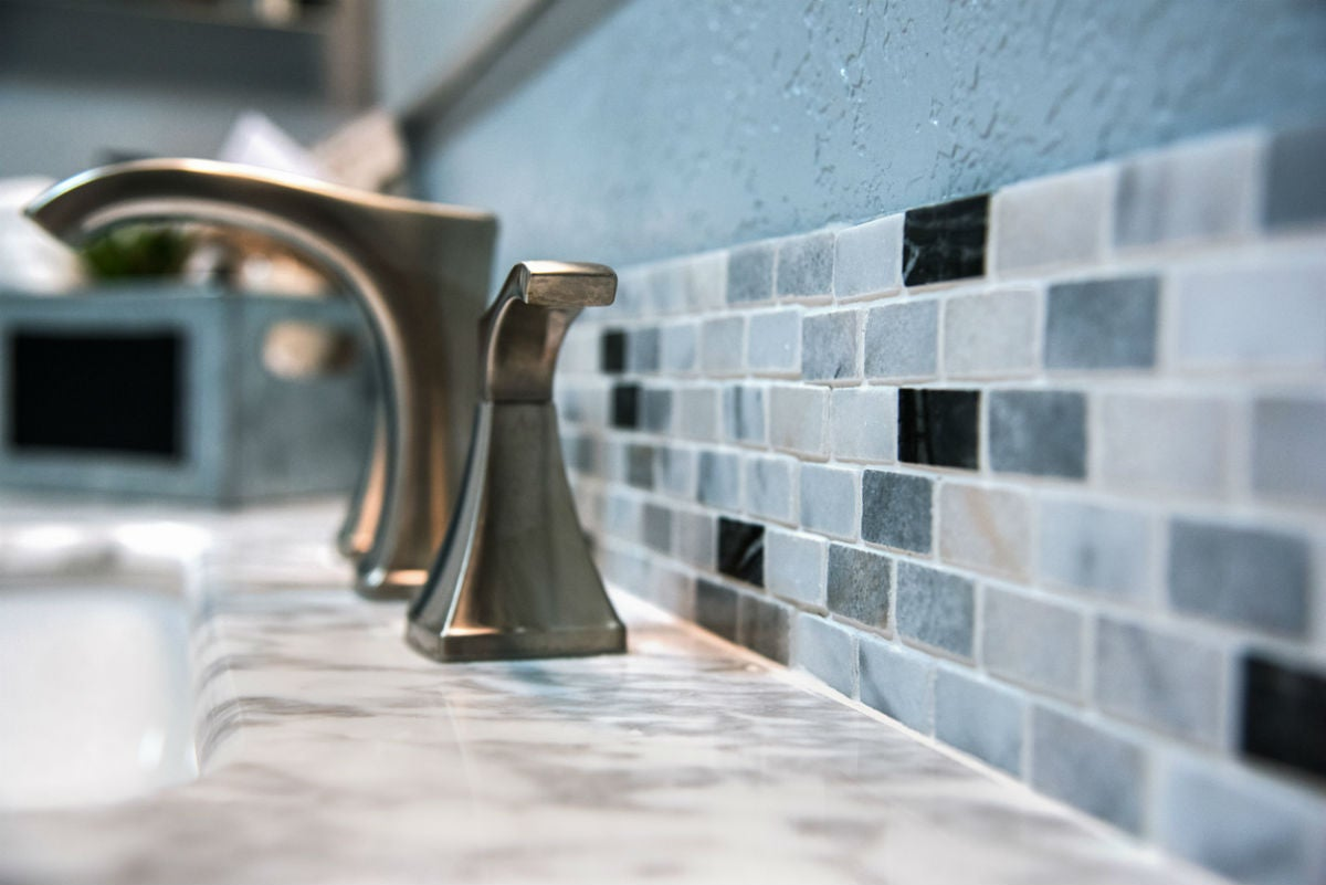 Grout vs Caulk: Which to Use When in Your Tiling Project