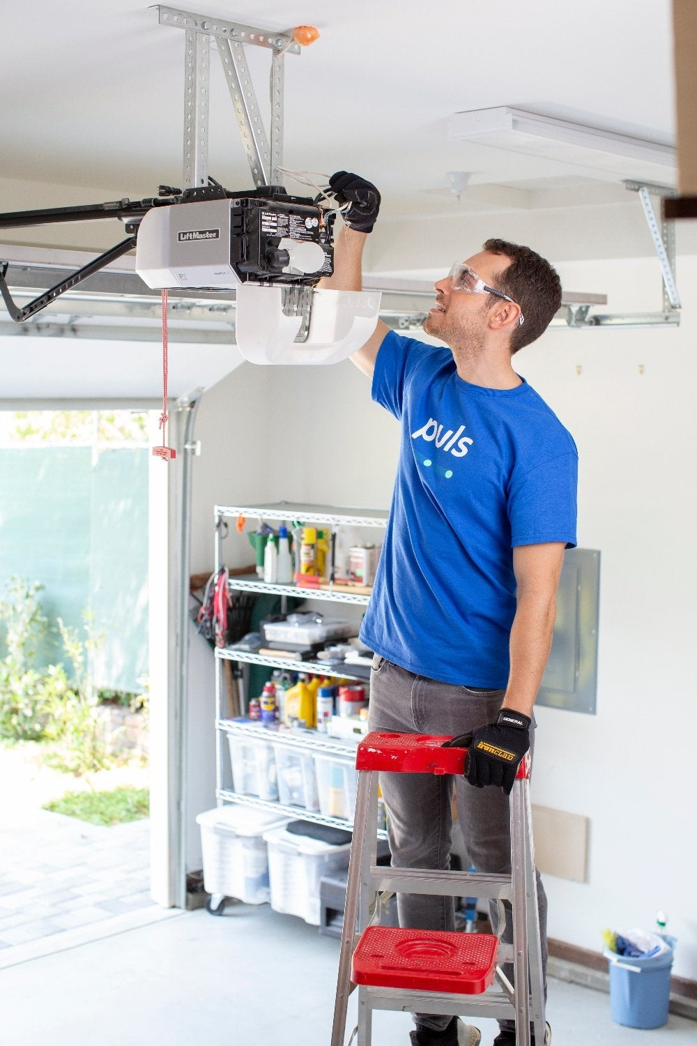 Garage Door Troubleshooting Tips for Checking the Motor Unit