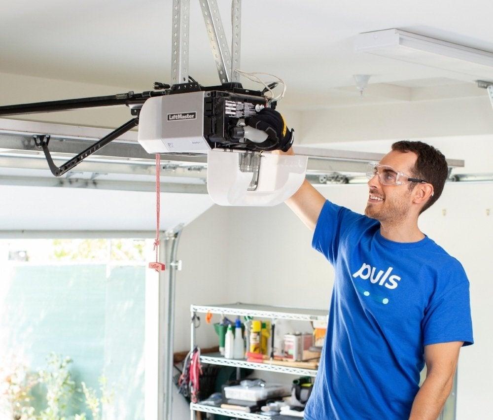 Garage Door Troubleshooting Tips: Checking the Power