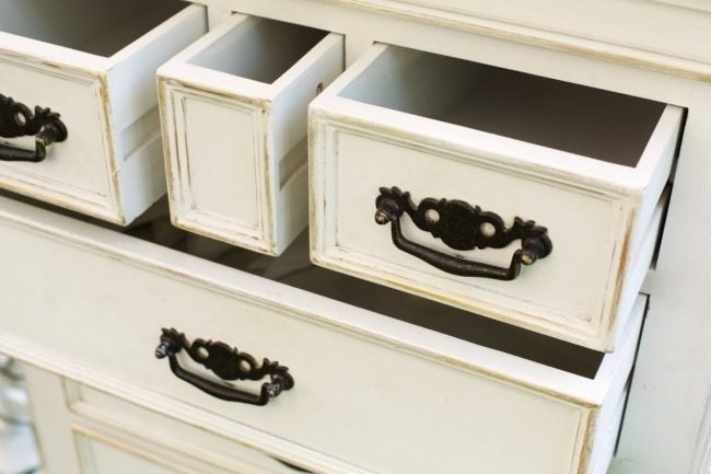The Best Paint For Furniture Indoors, Best White Paint For Furniture