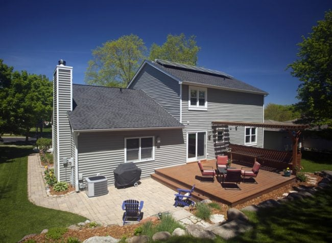 The Best Vinyl Siding Cleaner Options for Your Home